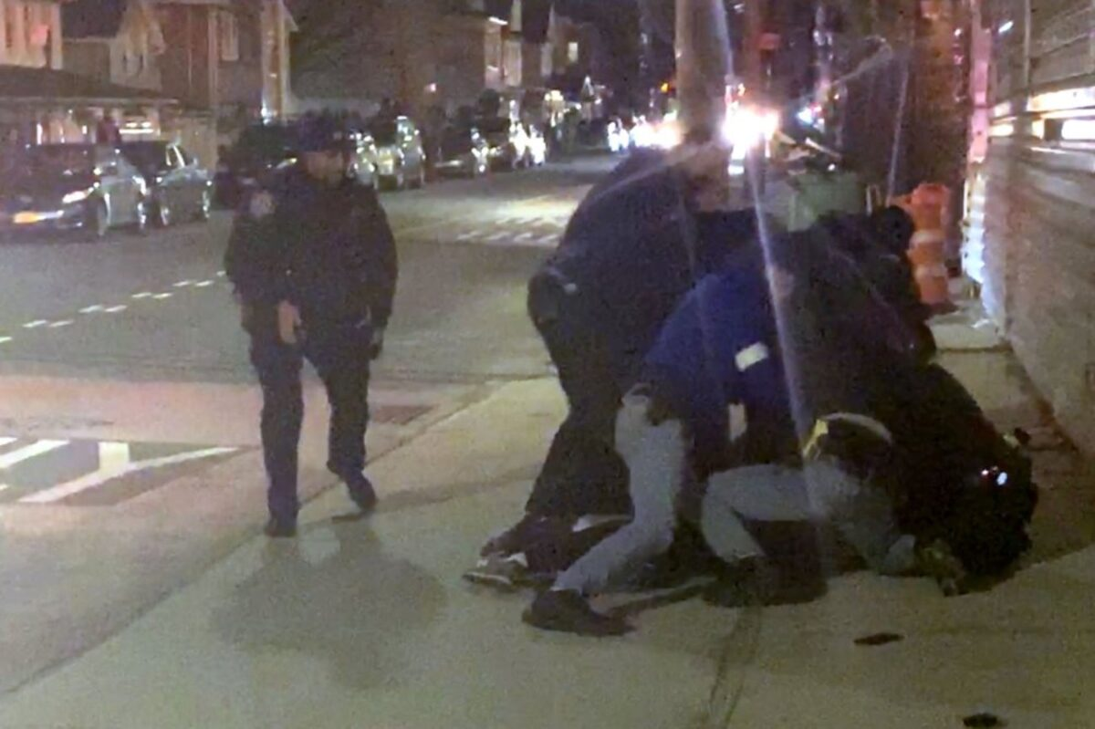 Video Of Black Man's Arrest Spurs Outrage in US, Police Probe