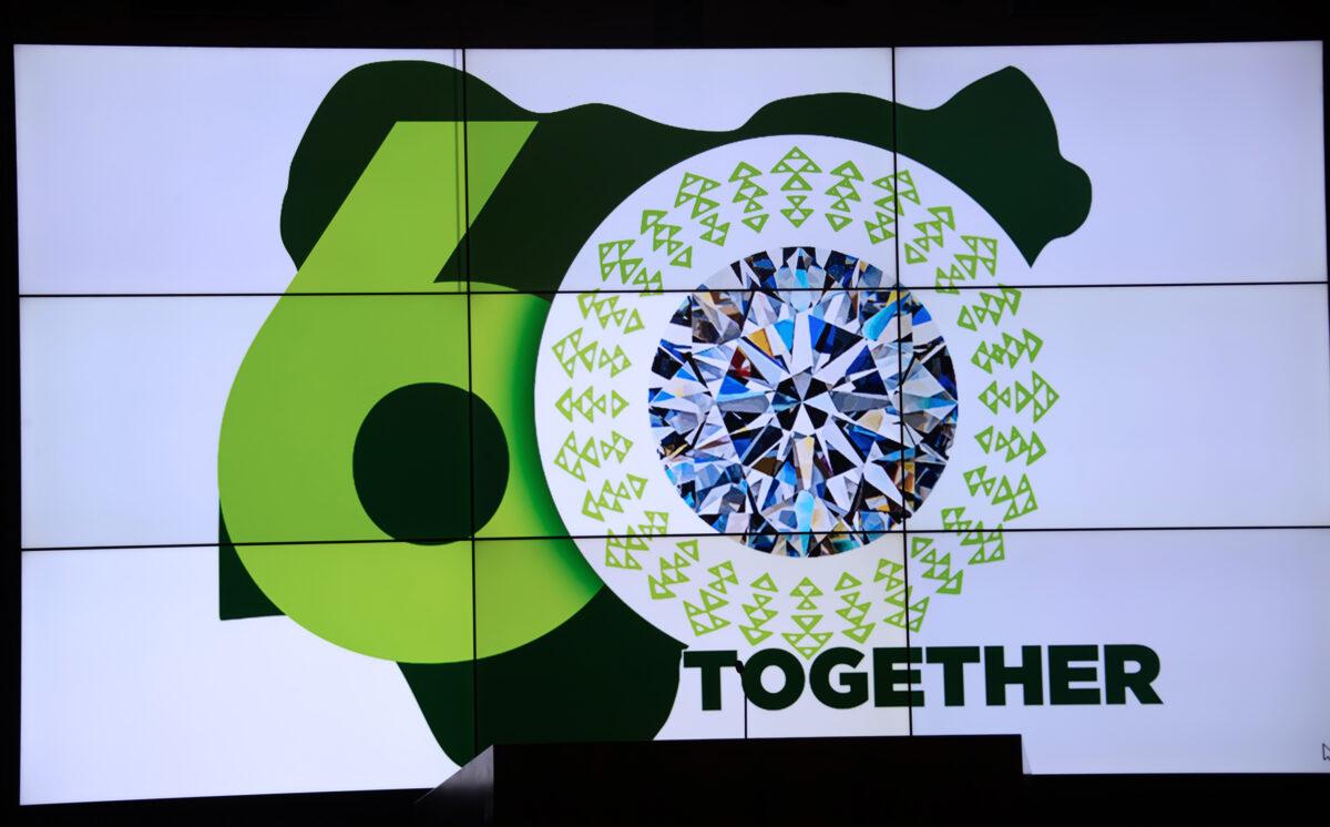 PHOTOs: Buhari unveils Nigeria @60 Independence Logo