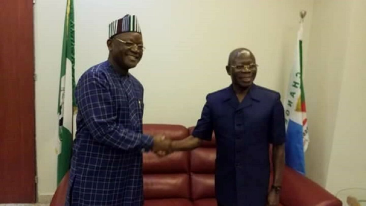 N10bn Suit: Oshiomhole Begs Ortom For Out-Of-Court Settlement